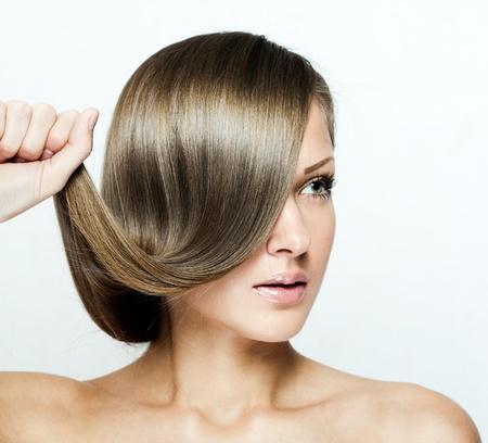 beautiful woman with long natural shiny hair , brown hair Stock Photo - 15918511