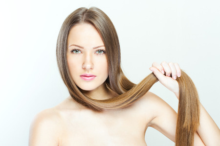 red hair beauty: Beautiful Woman with Healthy Long Hair