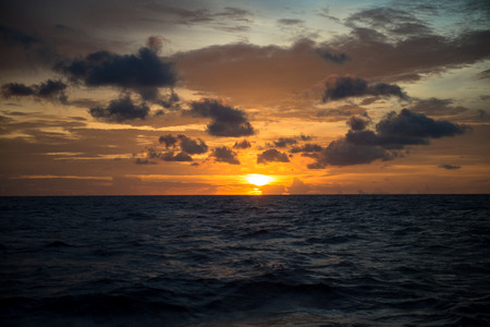 wave tourist: Sun Set in The Middle of The Ocean