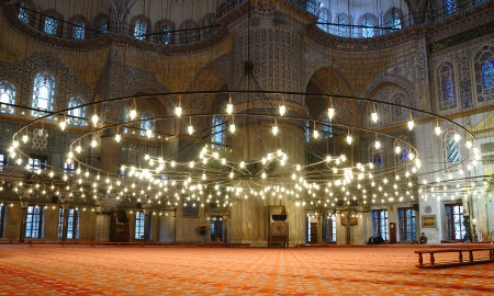 blue mosque: Interior of the Sultanahmet Mosque  Blue Mosque  in Istanbul