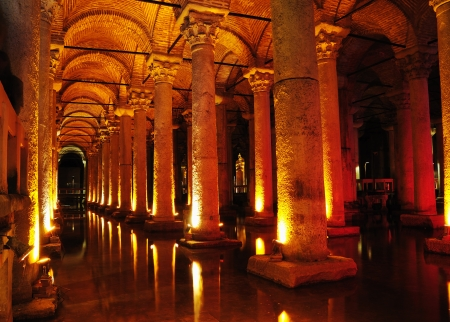 constantinople ancient: Basilica Cistern in Istanbul, Turkey