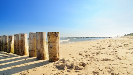 Beautiful quiet beach on the Baltic Sea  版權商用圖片