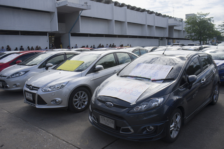 deception: Bangkok, Thailand : August 31, 2016 - fords car user in thailand get a flash mob at Nang Leang Racecourse to call for justice about gear problem in ford fiesta car,Deception customer of by ford thailand conpany,Bangkok Thailand Editorial