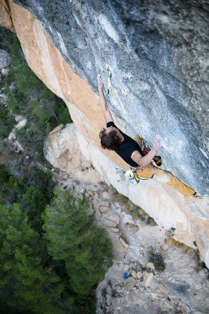 belay: Extreme sport climbing. Rock climber struggle for success. Outdoor lifestyle. Stock Photo