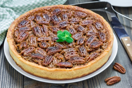 pecan pie: American classic homemade pecan pie