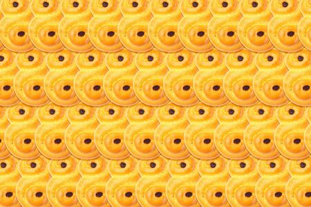 Food pattern background made from traditional Swedish and scandinavian Christmas saffron buns Lussekatter,  horizontal Zdjęcie Seryjne - 138358175