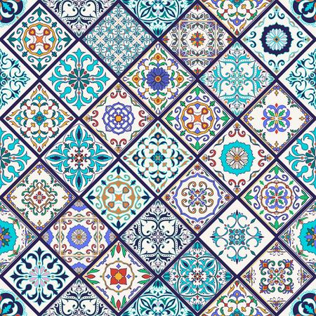 Vector trama senza soluzione di continuità. Splendido motivo patchwork mega per design e moda con elementi decorativi. Tegole portoghesi, Azulejo, Talavera, ornamenti marocchini a forma di rombo Vettoriali
