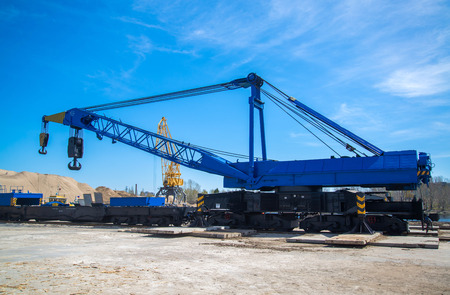 tonne: Russian 150 tonne Railroad Crane in Tolyatty port Stock Photo