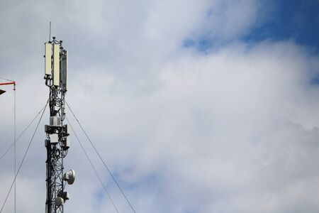 5G mobile phone tower. High Speed Broadband. Wireless cellular network. Signal data. Imagens