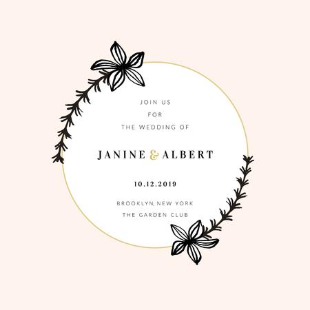 Hochzeitseinladungs-Designschablone mit goldenem rundem Rahmen, Blumendekoration, Beispieltextlayout in Schwarz und Gold, heller Pfirsichrosahintergrund.
