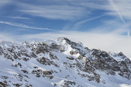 アルプの雪峰山脈