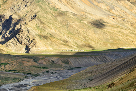 Spiti river valley mountains view