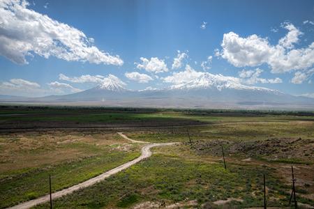アルメニアのアララト山の景色のパノラマ 写真素材