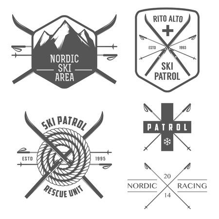 Set van nordic skiën en langlaufen labels en emblemen Vector Illustratie