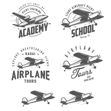 aeroplano: Aerei relativi emblemi leggeri, etichette ed elementi di design