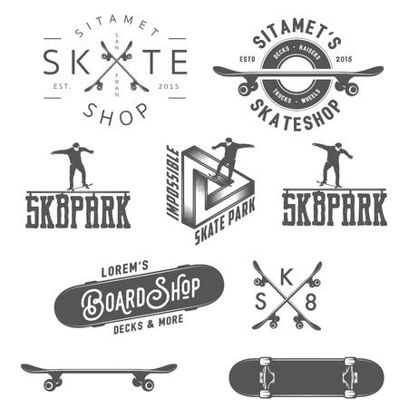 niño en patines: Conjunto de etiquetas de skate, insignias y elementos de diseño