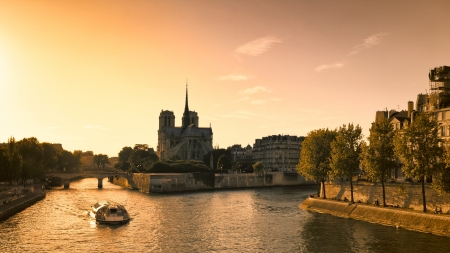 ile de france: Notre Dame cathedral and River Seine in Paris Stock Photo