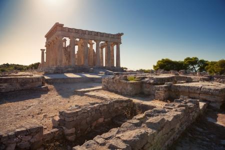 Aphaia tempio su Isola di Egina in Grecia Archivio Fotografico
