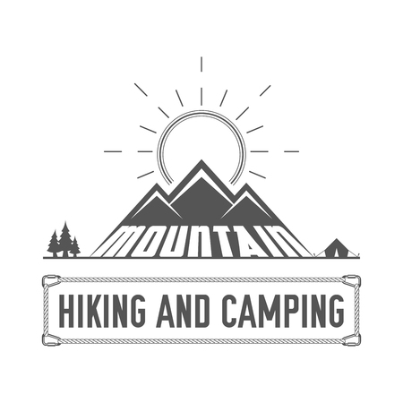 Hiking and Camping - Alpine Club Emblem - Icon - Print - Badge Template in Vintage Black and White Style. Concept for Shirt or Label, Stamp or Tee. Vectores