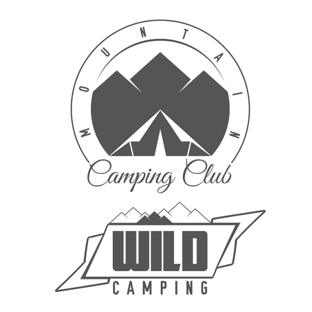 Escalada Club - Wild Camping - conjunto de emblema preto e branco. Conceito de camisa ou rótulo, carimbo ou Tee. Ilustración de vector