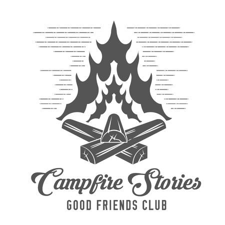 Campfire Stories - Forest Camp - Scout Club Emblem en estilo blanco y negro.
