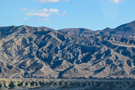 owens valley: Viewing the Sierra Nevada Mountains