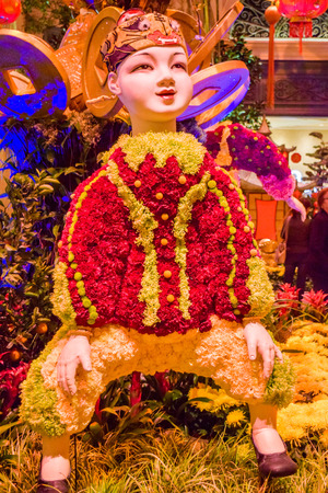 bn: Las Vegas, NV, USA . January 21, 2016: Bellagio hotel and casino inside view Botanical Garden. The Bellagio opened October 15, 1998, it was the most expensive hotel ever built at US$1.6 bn.