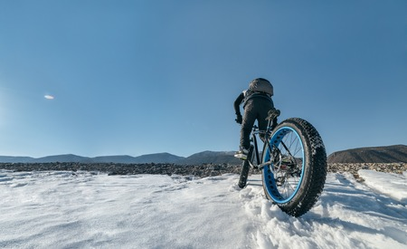 Fatbike. Fat tire bike.