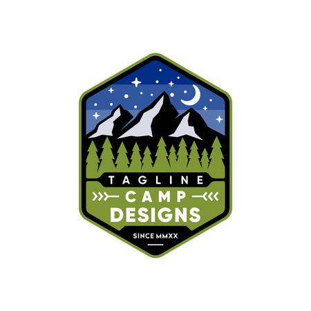 흰색 배경에 고립 된 캠프 상징 로고 디자인 영감