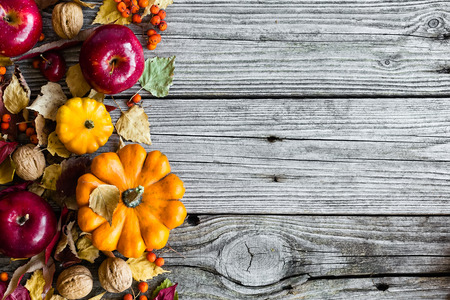 table decorations: Autumn background