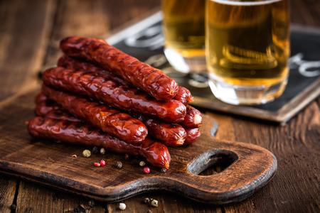 Salsicce con la birra Archivio Fotografico - 46399603