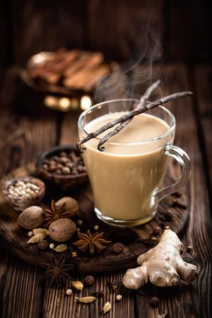 Masala Chai Tee Standard-Bild - 71727988