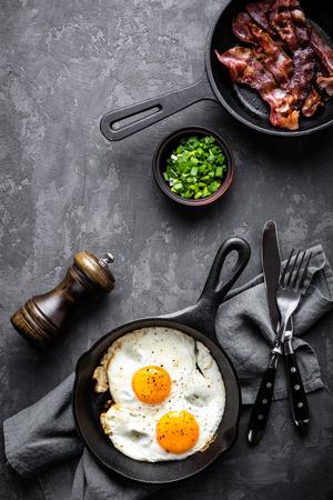 bacon and eggs Standard-Bild