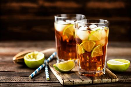 Kuba Libre Oder Langer Insel Eistee Cocktail Mit Starken Getränken ...