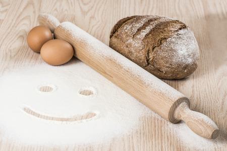 haciendo pan: Hacer pan Foto de archivo