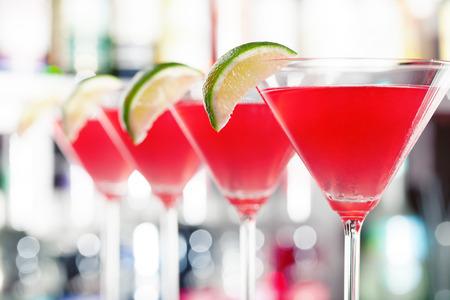 background red: C�cteles Cosmopolitan
