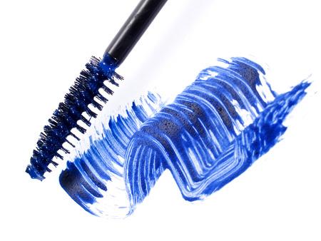青いマスカラー