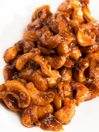 caramelized: Caramelized cashew