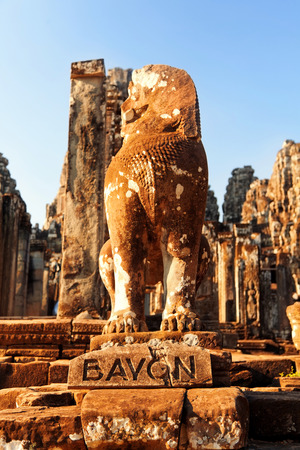 angkor thom: Ancient monument at Bayon Temple in Angkor Thom, Ankor district, Siem Reap, Cambodia