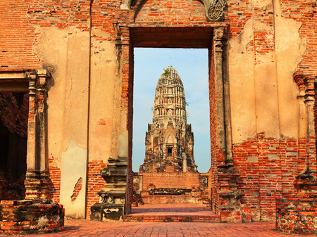 ayuthaya: Wat Phra Mahathat ruins in Ayuthaya, Thailand