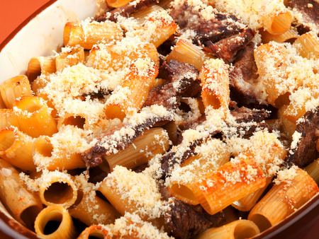 casserole: Macaroni with veal casserole