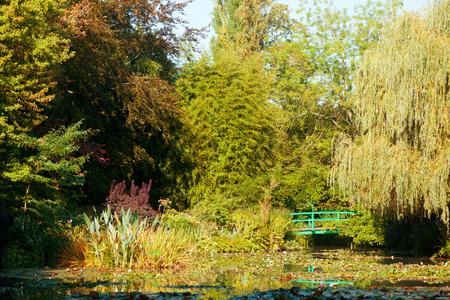 monet: Estanque de nen�fares de Monet hecha por el propio Clode Monet Foto de archivo