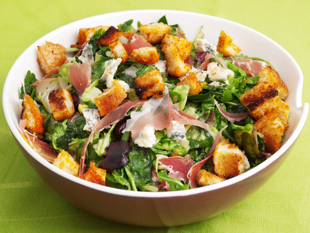 provencal: French Provencal Salad with green salad, bacon and blue cheese