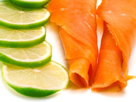 saumon fum�: Saumon fum� avec de la chaux