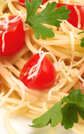 fullframe: Spaghetti with cherry tomatoes