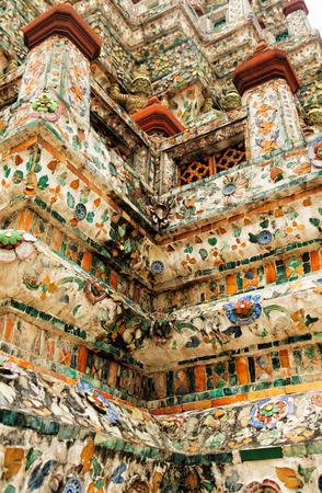 wat arun: Wat Arun Rajwararam or Temple of the Dawn is a Buddhist temple Stock Photo