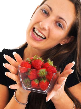 giovane donna: Giovane donna con le fragole