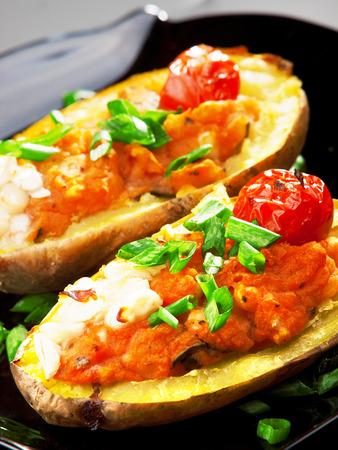 potatos: Stuffed potatos with tomatos