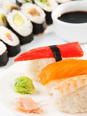 maki sushi: Nigiri sushi maki et