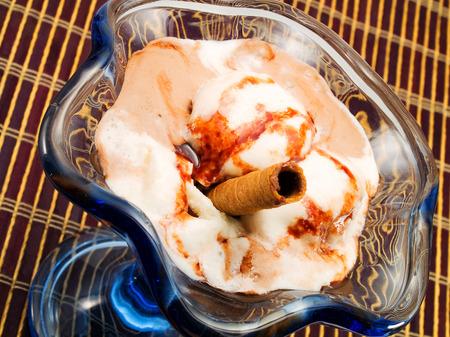 chocolate ice cream: Chocolate Ice Cream Banque d'images